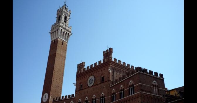 L'arte nel Medioevo: il Palazzo Pubblico a Siena